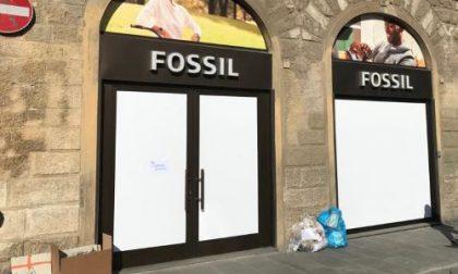 """Chiusura Fossil. I proprietari dell'immobile: """"Fossil Europe non ha mai richiesto alcun adeguamento del canone di locazione"""""""