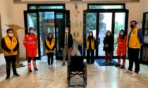 """Donazione del Leo Club Prato alla Pubblica Assistenza """"L'Avvenire"""""""
