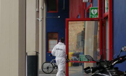 Prato, vigile urbano si uccide con la pistola all'interno del Comando