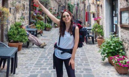 La sfida (vinta) dell'influencer sestese Irene Colzi: a piedi da Lucca a Roma