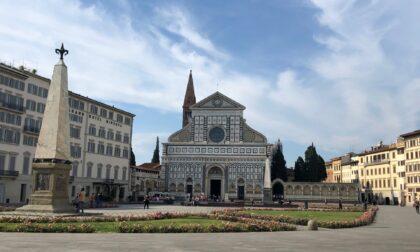 """Gregge di pecore spuntato a giro per Firenze. Fdi: """"Tra meno di 10 giorni festa del sacrificio, sono lì per quello?"""""""