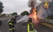 Incendio in autostrada: distrutta Fiat Punto