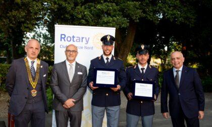 Prepararono la cena ad anziana sola: due poliziotti della Questura di Firenze premiati dal Rotary