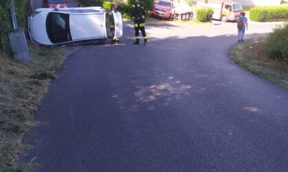 Elisoccorso in azione a Vernio dopo il ribaltamento di un'auto