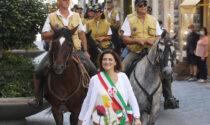 Dante, arrivati a Firenze i cavalieri partiti da Ravenna sulle orme del sommo poeta