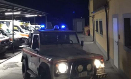 Una squadra antincendio della Pubblica Assistenza di Signa è partita per Valdicastello: il vasto incendio minaccia alcune abitazioni
