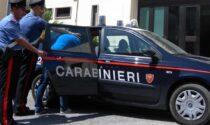 Carmignano: minaccia con un'arma due giovani per farsi dare le sigarette