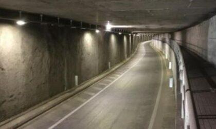 Il tunnel fantasma, in un'ora transitano solo ottantuno veicoli